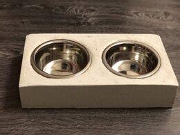 Миски, кормушки и поилки - Подставка из бетона с мисками из нержавеющей…, 0