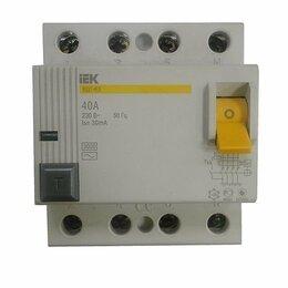 Защитная автоматика - Выключатель дифференциальный (УЗО) ВД1-63, 40А (3 фазы) IEK, 0