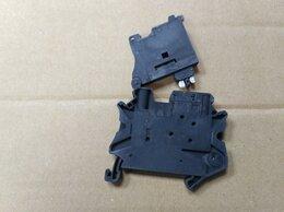 Электрические щиты и комплектующие - Клеммы для установки предохранителей UT 4-HESI, 0