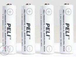 Аккумуляторы и зарядные устройства - Комплект NiMH-аккумуляторов (4 шт.) для …, 0