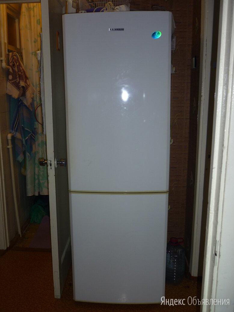 Холодильник двухкамерный с морозильником по цене 16000₽ - Холодильники, фото 0