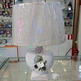 Ночники и декоративные светильники - Настольная лампа с абажуром., 0