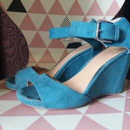 Туфли - босоножки на танкетке цвета малахит, 0