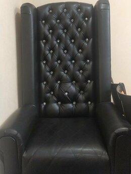 Мебель для салонов красоты - Кресло педикюрное Трон, 0