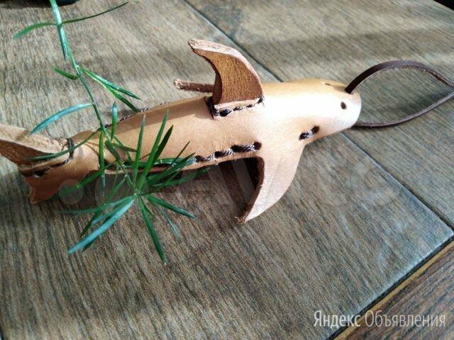 Брелок Акула по цене 300₽ - Брелоки и ключницы, фото 0