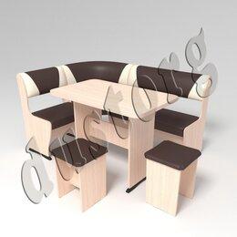 Мебель для кухни - Кухонный уголок Горизонт со столом и табуретами…, 0