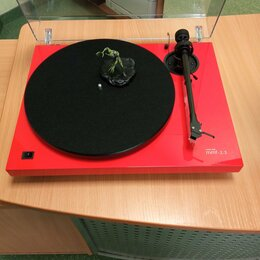 Проигрыватели виниловых дисков - Проигрыватель виниловых дисков Music Hall mmf 2.3 Limited Edition ferrari red, 0