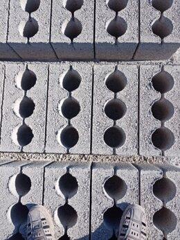 Строительные блоки - Блоки (муровые, керамзитобетонные) - 100 качество, 0
