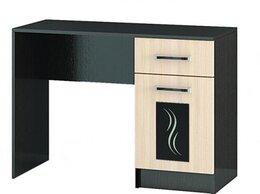 Столы и столики - Туалетный столик (новый), 0