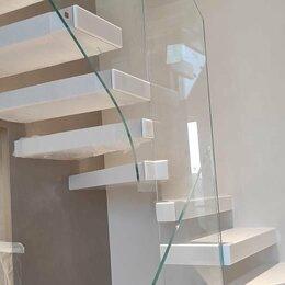 Лестницы и элементы лестниц - Лестница из искусственного акрилового камня, 0