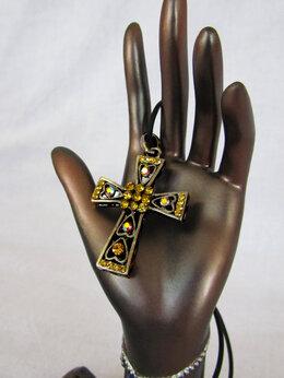 Кулоны и подвески - Крест Бижутерия, 0