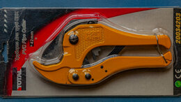 Труборезы - Труборез для труб ПВХ - TOTAL PVC Pipe Cutter 42mm, 0