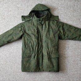 Одежда - Зимняя куртка, штаны и шапка военные, 0
