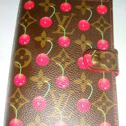 Визитницы и кредитницы - Блокнот Louis Vuitton с вишенками 2006 оригинал, 0