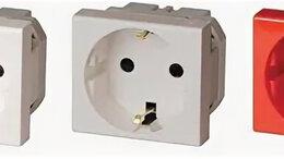 Электроустановочные изделия - Розетка силовая 2Р+Е, со шторками, «Viva», 2…, 0