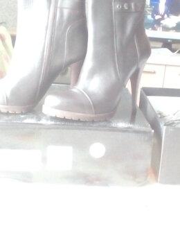 Сапоги - Женские полусапожки, новые, размер 39, цена 2000…, 0