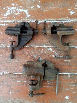 Тиски - Тиски слесарные, советские, малые, ширина губок…, 0