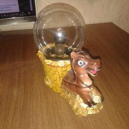 Статуэтки и фигурки - Статуетка Лошадь со стеклянным шаром, 0