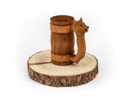 Кружки, блюдца и пары - Кружка из дерева с резной ручкой «Волк» 0,7 л, 0