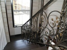 Лестницы и элементы лестниц - Лестницы и перила кованые из металла, 0