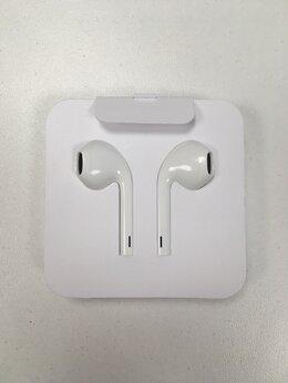 Наушники и Bluetooth-гарнитуры - Наушники Apple EarPods Lightning (оригинал), 0