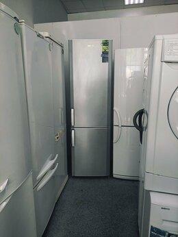 Холодильники - Холодильник с серебре 2х метровый, 0