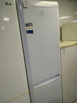 Холодильники - Холодильник Indesit B18FNF.025, 0