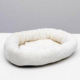 Лежаки, домики, спальные места - Меховая лежанка для небольших животных, 0