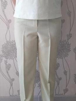 Брюки - Классические летние брюки салатового цвета, 0