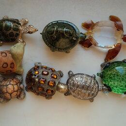 Фигурки и наборы - Шкатулка и фигурки  черепах, 0