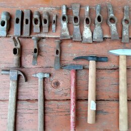 Молотки и кувалды - Молотки, кирочка каменщика, 0