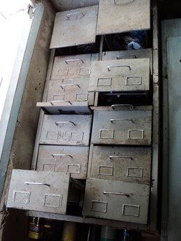 Ящики для инструментов - железный ящик для инструмента, 0