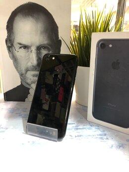 Мобильные телефоны - iPhone 7 128GB Black , 0