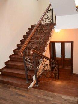 Лестницы и элементы лестниц - Лестница в частный дом на второй этаж , 0
