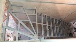 Лестницы и элементы лестниц - Каркасы лестниц, крыльца, площадок, подиумов в…, 0