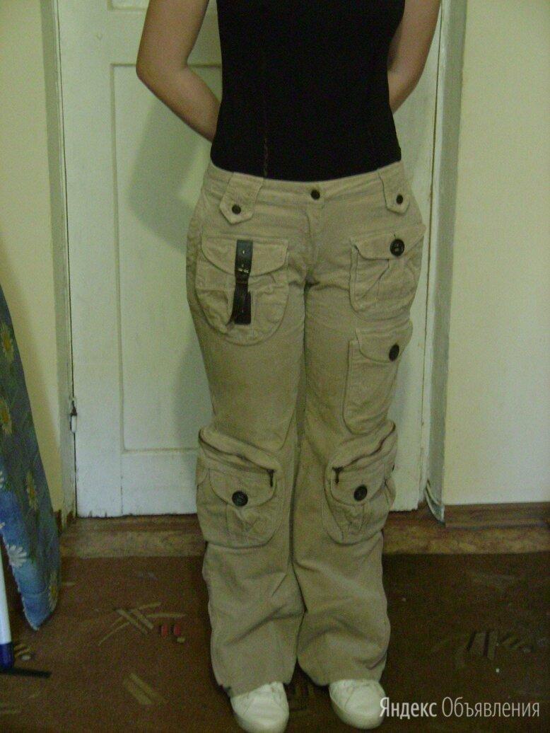 Вельветовые женские джинсы с карманами по цене 1850₽ - Брюки, фото 0