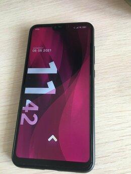 Мобильные телефоны - Xiaomi mi 8 lite 4/64, 0