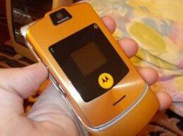 Мобильные телефоны - Motorola razr v3i DolceGabbana золотая, 0