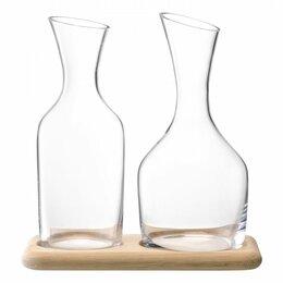 Кувшины и графины - Набор из кувшинов для вина и воды на деревянной…, 0