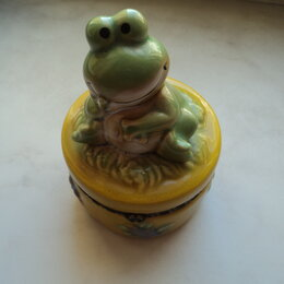 Фигурки и наборы - Фигурка лягушка и шкатулка, 0