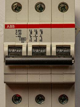 Электрические щиты и комплектующие - Автоматический выключатель ABB 3-полюсный S203…, 0