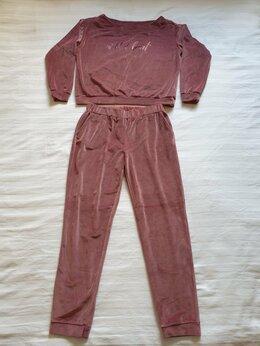 Домашняя одежда - Костюм велюровый женский, 0