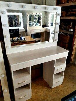 """Столы и столики - Туалетный столик для макияжа """" Арт.110 на 4 ящика"""", 0"""