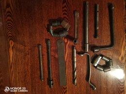 Наборы инструментов и оснастки - Инвентарь, 0