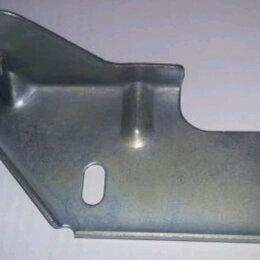 Прочие аксессуары  - Продам кронштейн крепления правой фары для приоры, 0