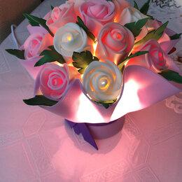 Ночники и декоративные светильники - Настольный светильник букет роз, 0