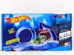 Радиоуправляемые игрушки - Хот Вилс Автотрек Акула, 0