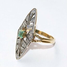 Кольца и перстни - Золотое кольцо 750 пробы СССР бриллианты изумруд, 0