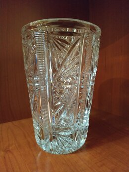 Вазы - Небольшая хрустальная ваза, 0