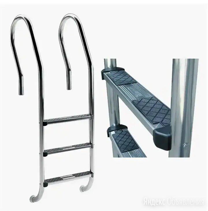 """Лестницы нержавеющие с накладкой """"люкс"""" по цене 10500₽ - Лестницы и поручни, фото 0"""